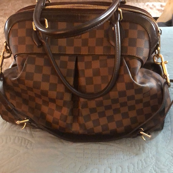 Louis Vuitton Handbags - Louis Vuitton trevi GM In ebene